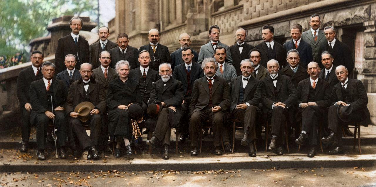 薛丁格、海森堡、狄拉克、波耳、普朗克、居禮夫人、愛因斯坦⋯⋯,各個都是物理學界的大人物。(維基百科)